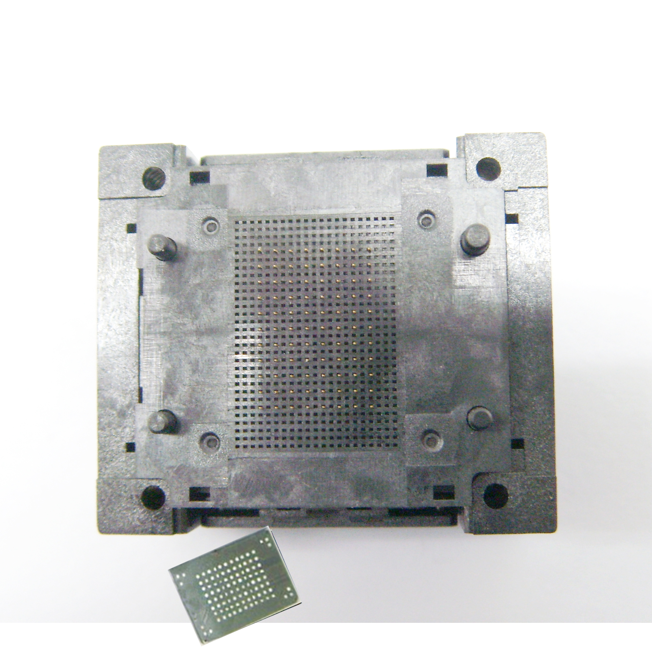 BGA100-1.0 OPEN TOP Burn in socket pin pitch 1.0mm IC size 14*18mm 12*18mm BGA100-1.0 BGA100 VFBGA100 burn in socket